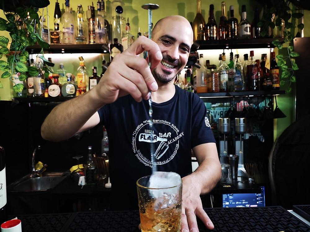 Ibiza Flair Bar Academy curso de cocteleria ibiza barman ibiza, bar ibiza, eventos ibiza, bartenders ibiza.jpg