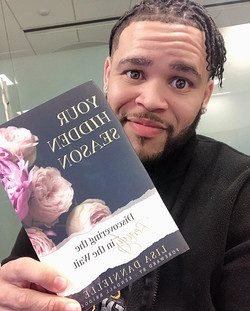 _williambsings_ got his book y'all!!!!!