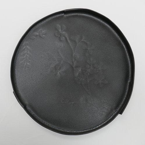 Black stoneware plate - large (25cms x 3cms)