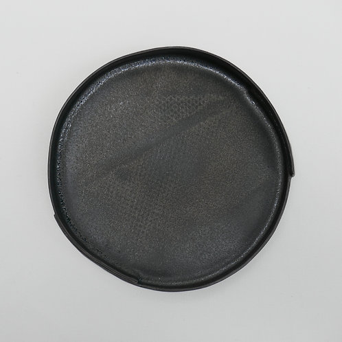 Black stoneware plate - medium (17cm x 3cm)