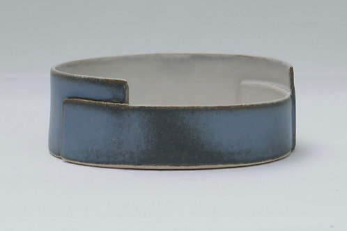 Dish - medium (13cm d x 5cm h)