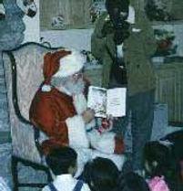 Santa reading 1.jpg