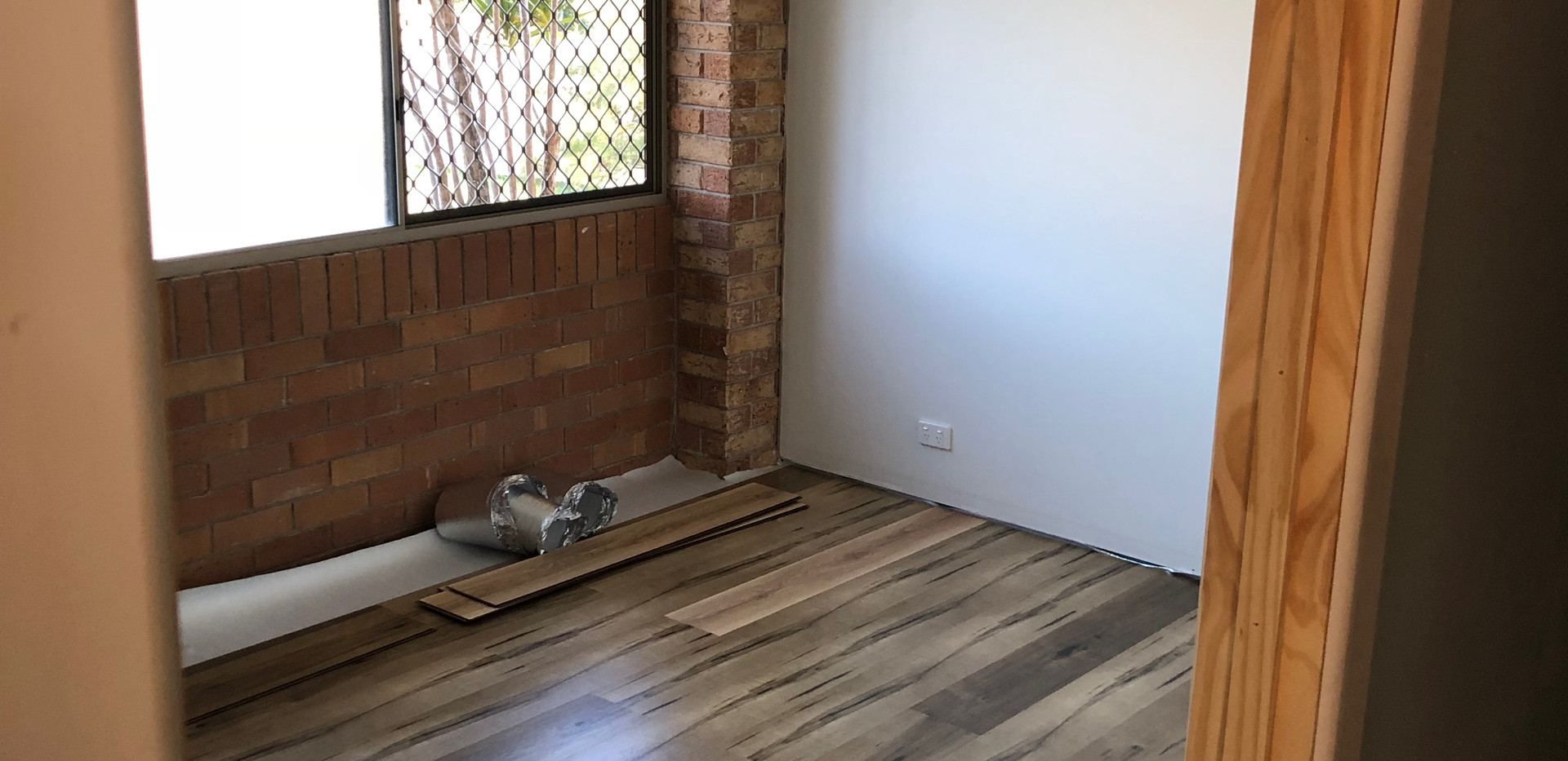 Wall Construction and Floating Floor