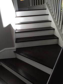 Stairs hardwood installation