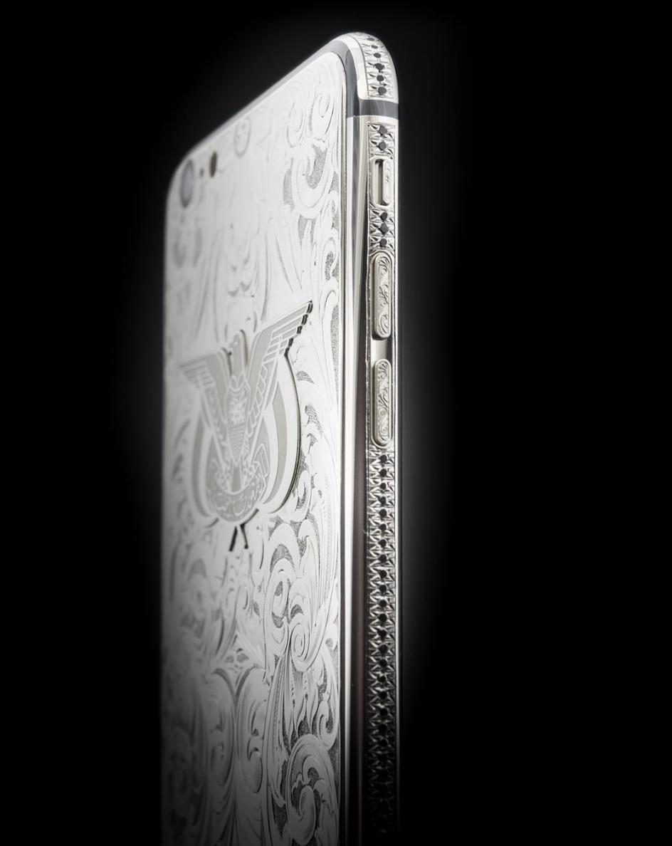 iPhone_6S_platinum_black_diamonds.png