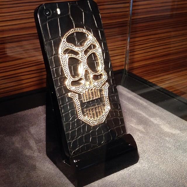 iPhone 5S Skull эксклюзивный