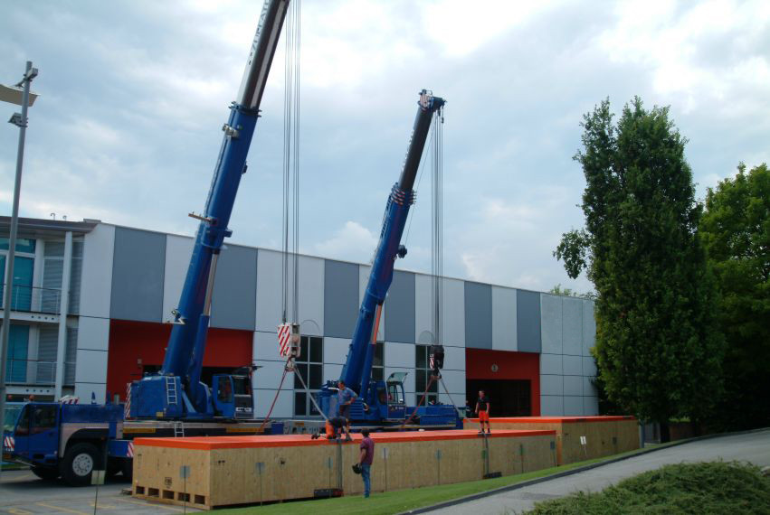 VGL machinery crate lifting -cranes