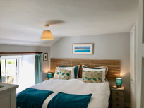 The Cottage Bedroom 1