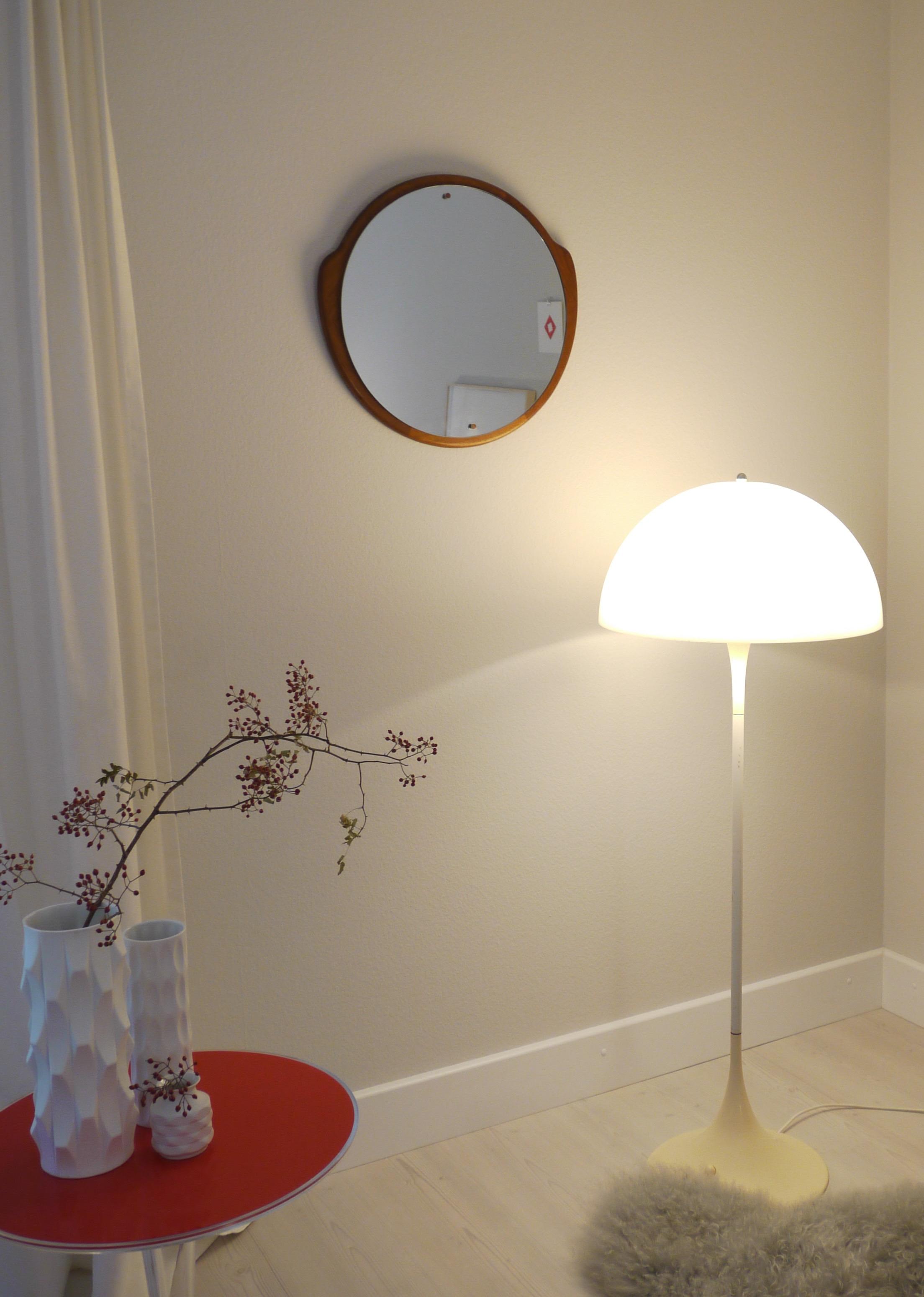 Tulip / Mushroom Lamp