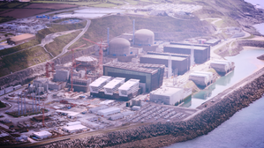 FT reports that Nuclear experts say EDF's new generation reactor safe to start