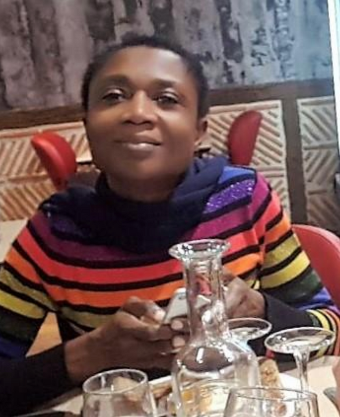 La Dra Pauline Kimata, primera voluntaria camerunesa en el Hospital de Ebomé