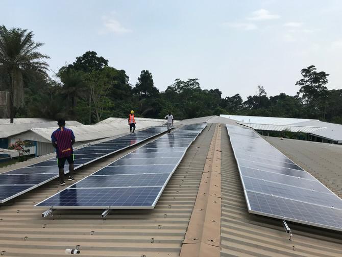 AMBALA y el Hospital de Ebomé comprometidos con la energía limpia y renovable