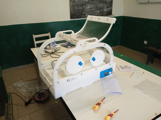 Ya ha llegado la segunda incubadora al Hospital de Ebomé!!
