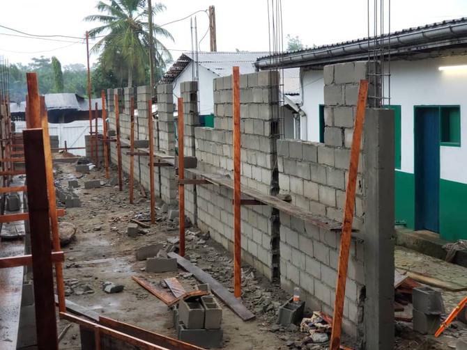 A pesar de las lluvias la construcción sigue avanzando