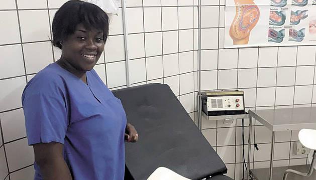 Nueva matrona en el Hospital de Ebomé