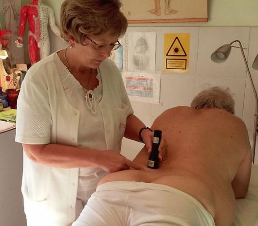 discus hernia- lézer kezelés.jpg