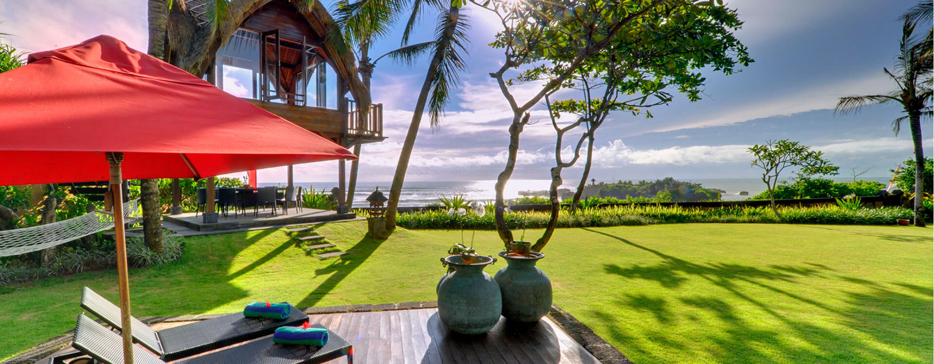 Villa Maridadi - Garden Loungers.jpg