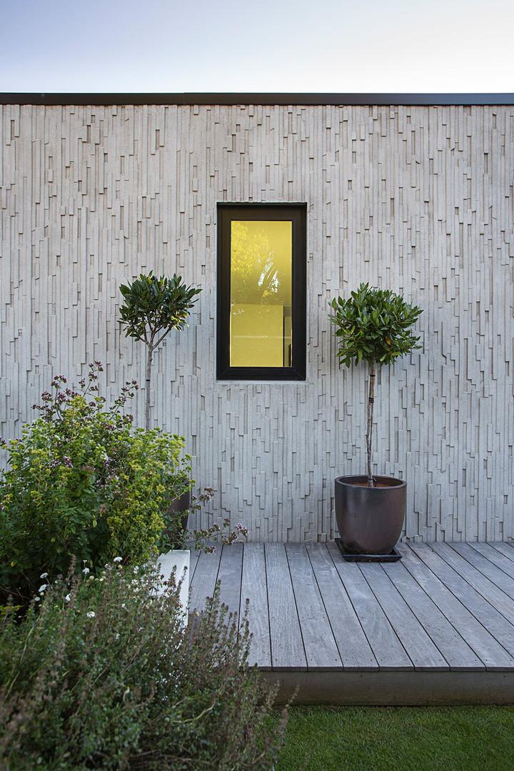 Feature window at Barrington