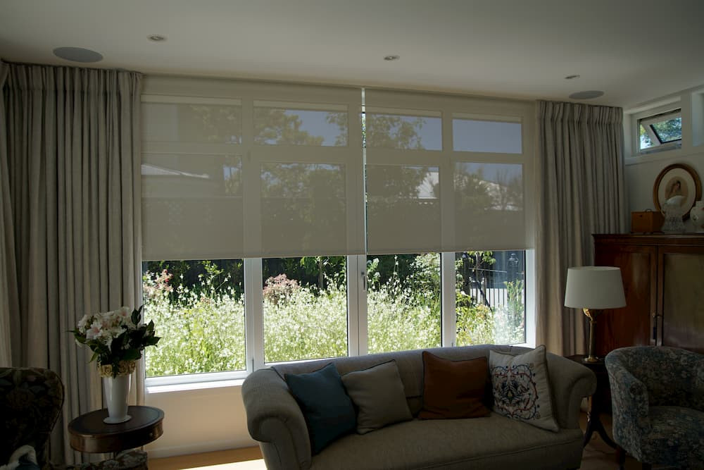 Holly road blinds