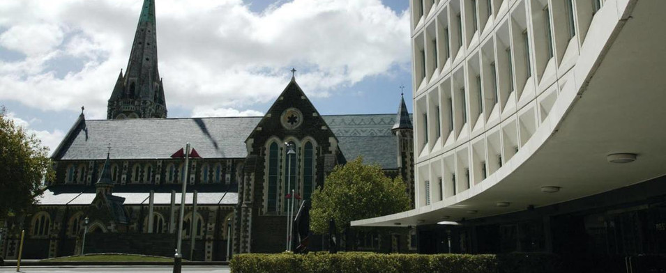 The Distinction Hotel entry and the cath