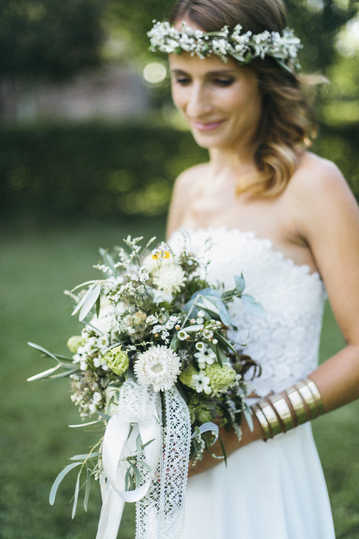 Hochzeit-Portrait_Braut_Brautstrauß
