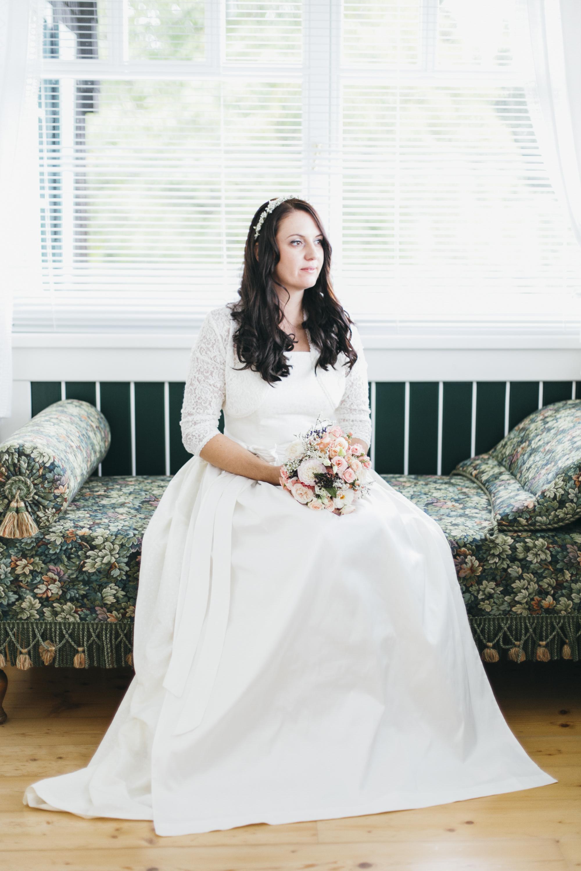 Hochzeit-Brautportrait_Vintage_Alm
