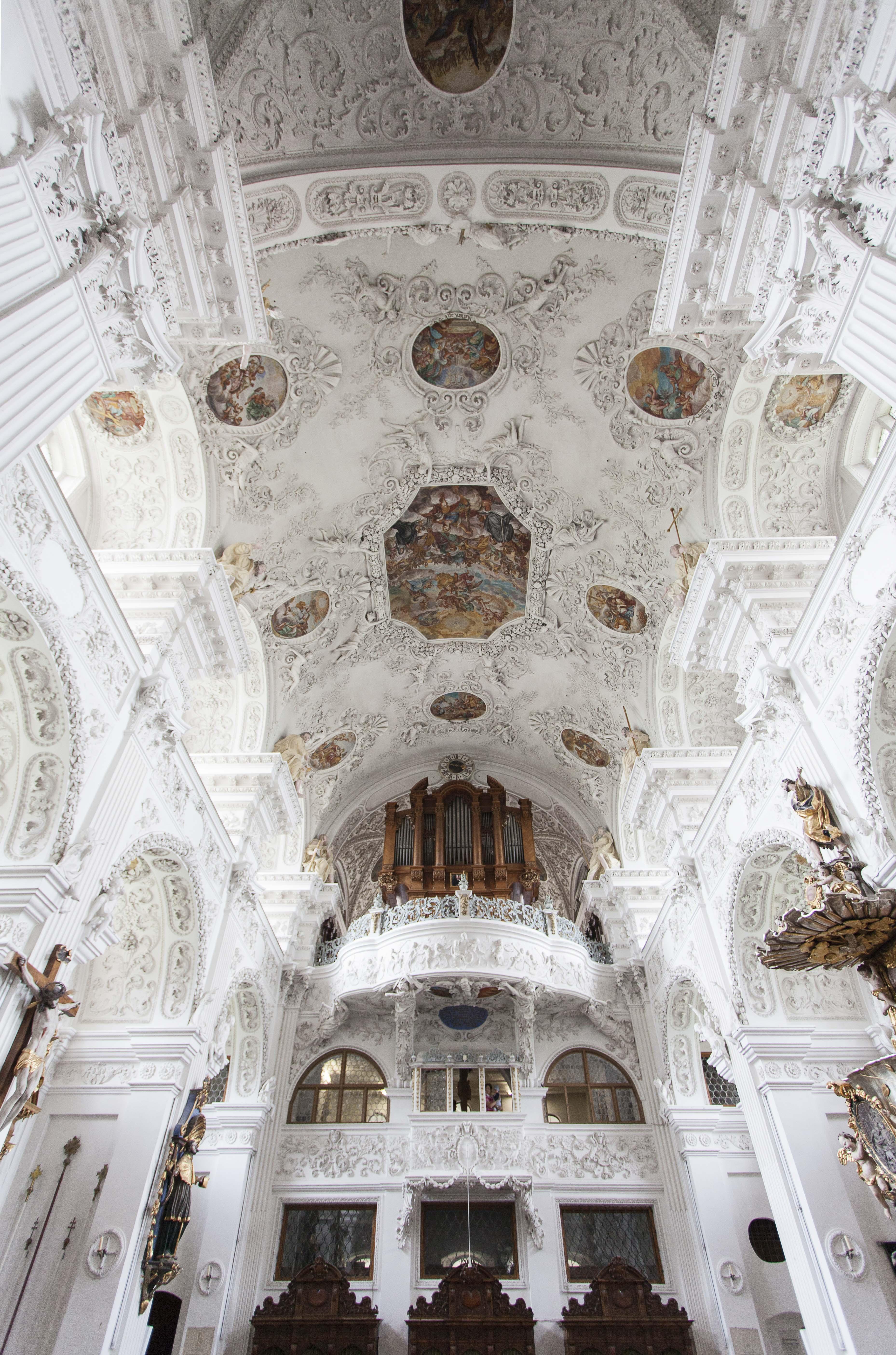Hochzeit-Kirche_Kloster Holzen1