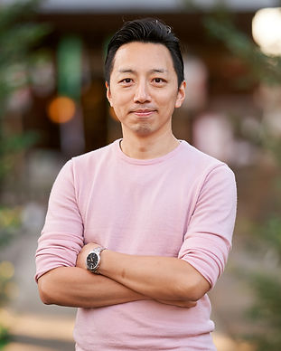 francis fung career coach helping unfulfilled stressed unhappy trapped overwhelmed professionals find their clarity ideal happy impactful career work role job 12 week coaching