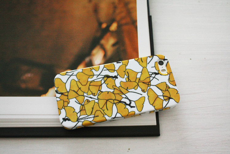 GINKO IPHONE COVER