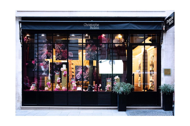 Flower graphic realisation for the Parisian Window of Christophe Robin