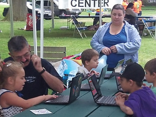 Mobile Tech Lab Makes a Splash at Ethnic Fest