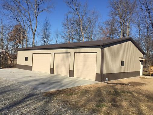 residential 3+ car garage