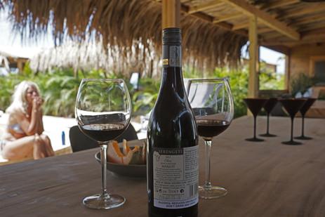 wijn op de tafel.jpg