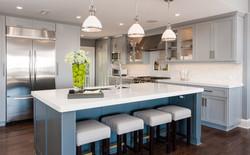 Quartzite Kitchen Island & Tile