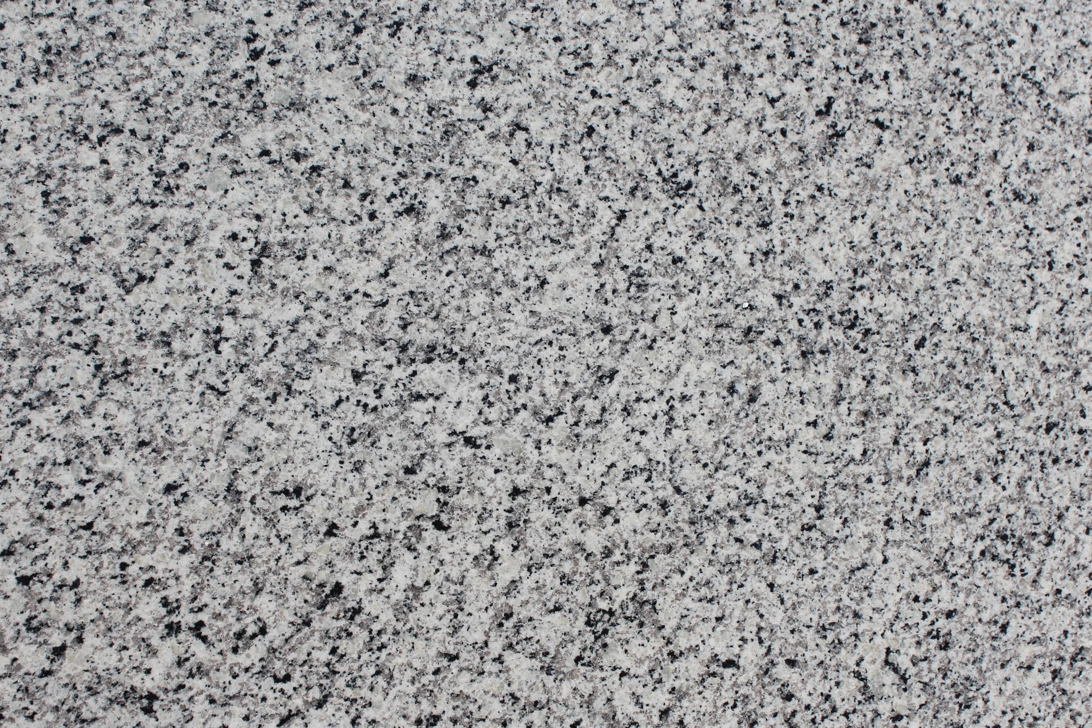 Granite - Luna Pearl