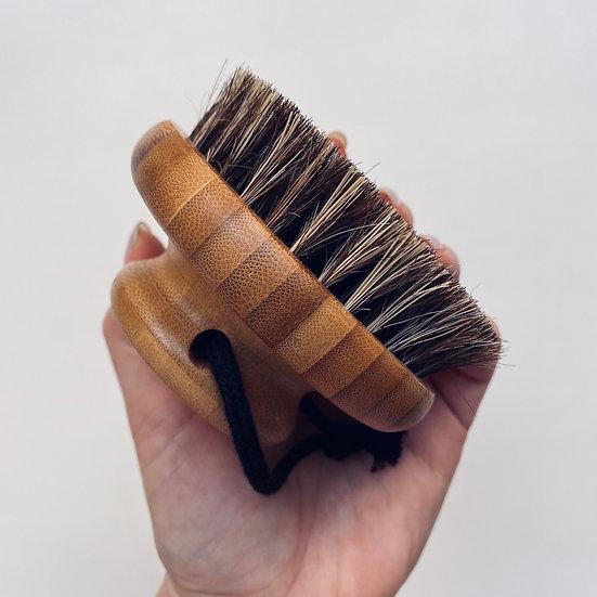 Круглая бамбуковая щетка для тела (массажная)