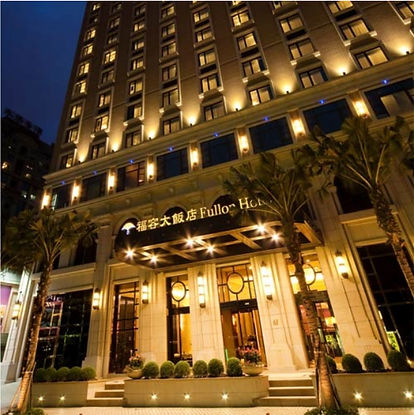 hotel_fullon1.jpg