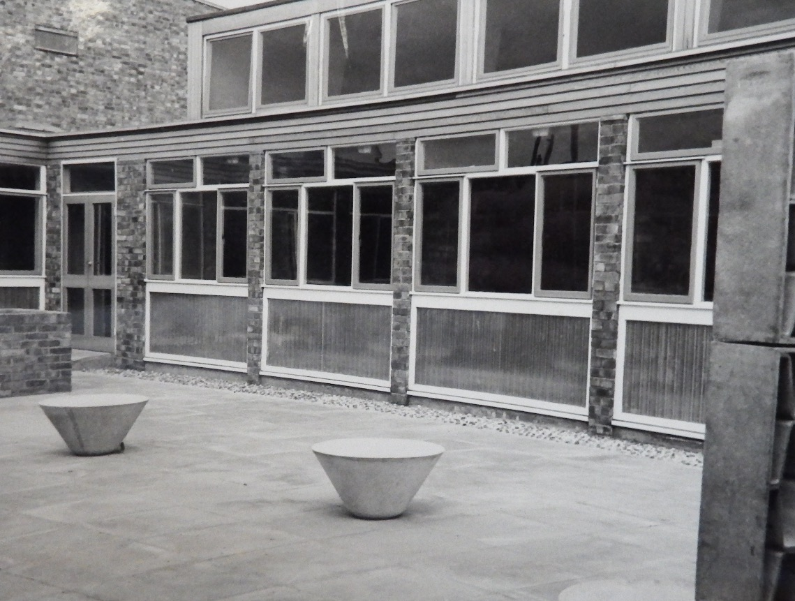 The patio at Kingsley Hall, c. 1960