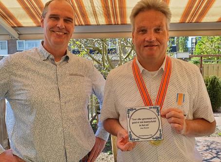 Paravolleyballer Jaap Mensink uit Pijnacker, Lid in de Orde van Oranje-Nassau