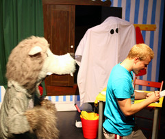 Pantomime ghost chase