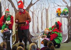 Christmas elves.jpg