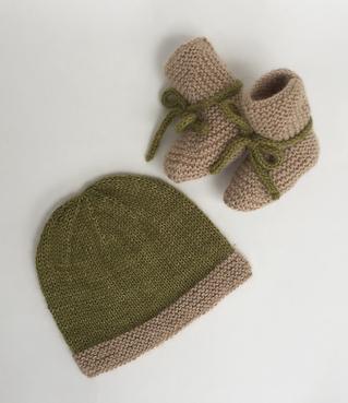 Free Pattern! Garter Stitch Baby Hat