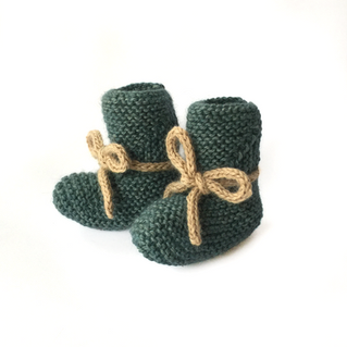 Super Soft Newborn Hat & Booties