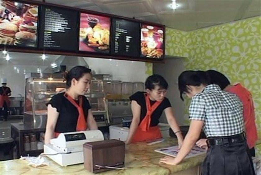Fast food in Pyongyang cookingwiththehamster