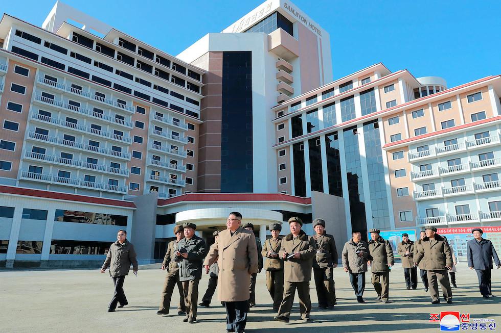 Kim Jong-un at Samjiyon  cookingwiththehamster