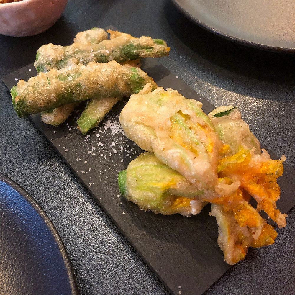 Fried zucchini flowers stuffed with tofu ciotto Cookingwiththehamster