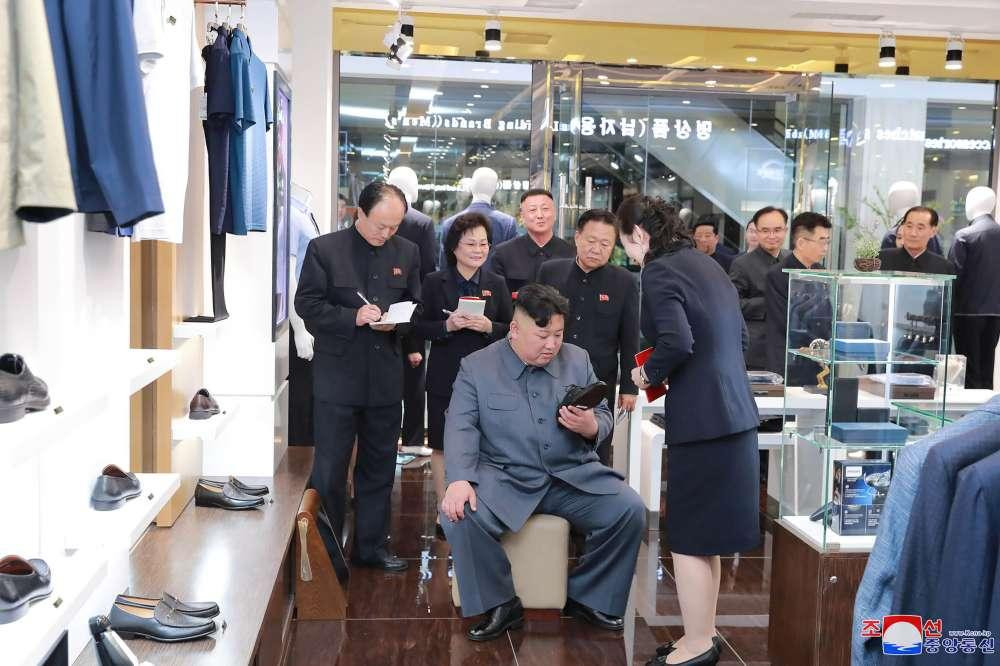 Kim Jong-un at Taesong cookingwiththehamster
