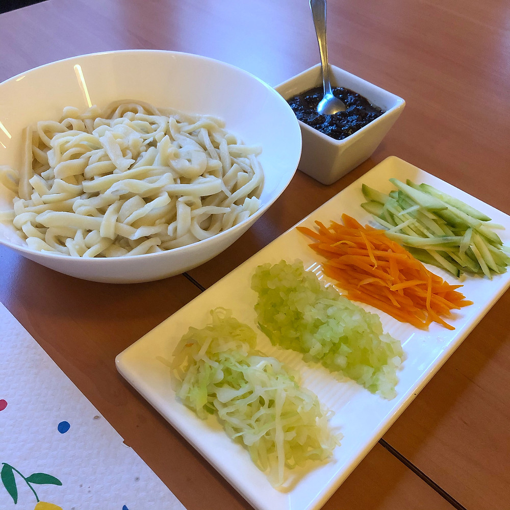 Homemade noodles with Peking ragout ravioli di Lu pechino Cookingwiththehamster