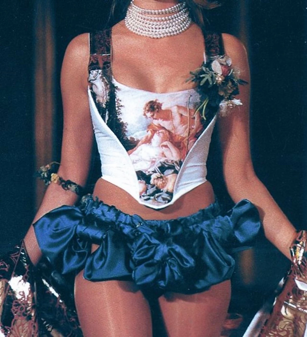 Vivienne Westwood's corset cookingwiththehamster