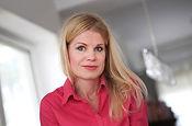 Kántor Nedda pszichológus családterapeuta örökbefogadással foglalkozó szakember